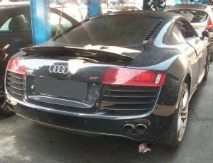 Audi R 8 QUATTRO